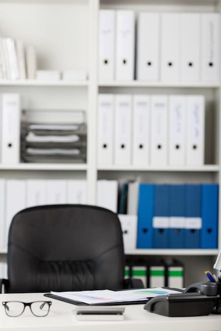 英語力が求められる総務職の転職案件