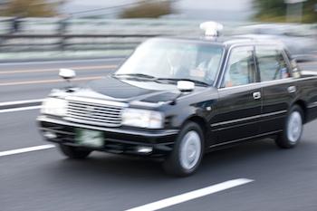 英語が出来るタクシードライバー求人