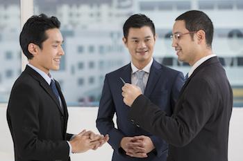 海外営業と国内営業