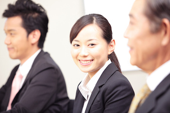 女性向け海外勤務求人